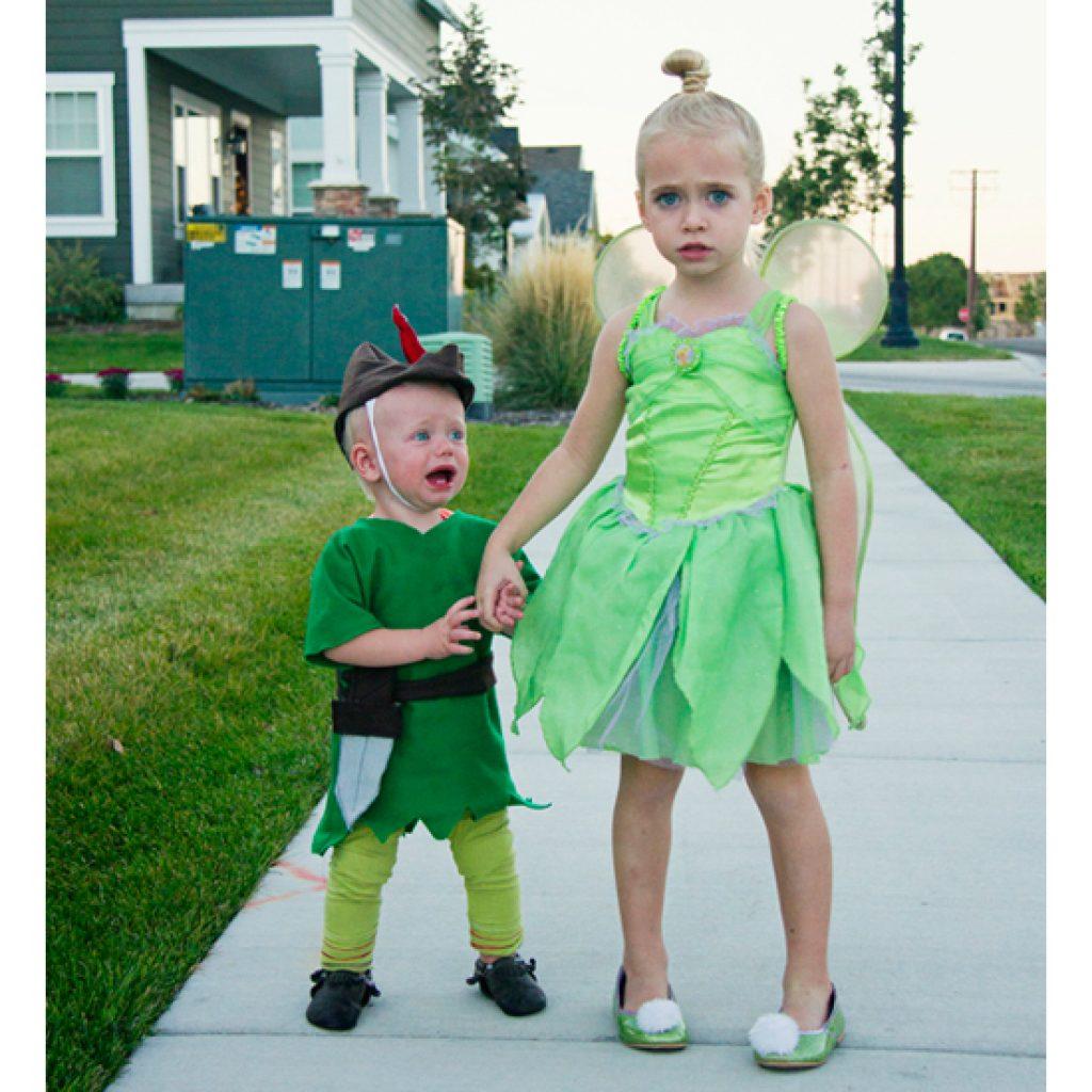 http://www.kelsieraedesign.com/love-kelsie-rae/2015/10/19/neverland-family-costume